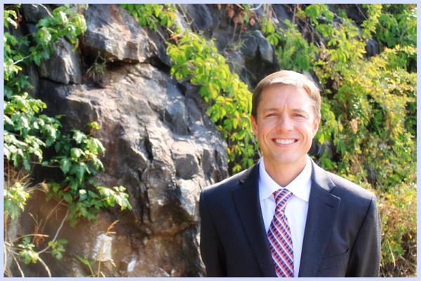Dr. M. Steven Saunders - Asheville Emergency Dentist